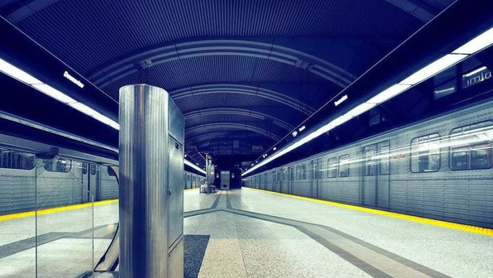 长沙市轨道交通4号线使用金桥木模板