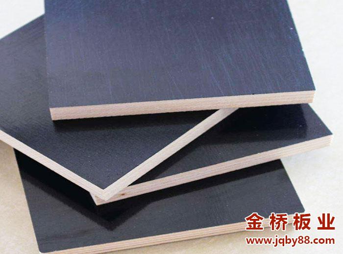 清水模板和普通模板的区别主要是什么?