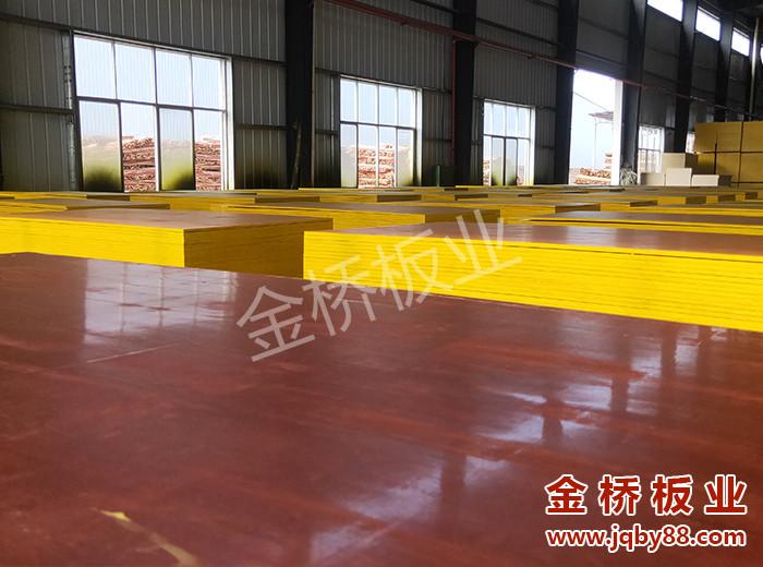 长沙建筑木模板生产厂家批发选金桥板业!