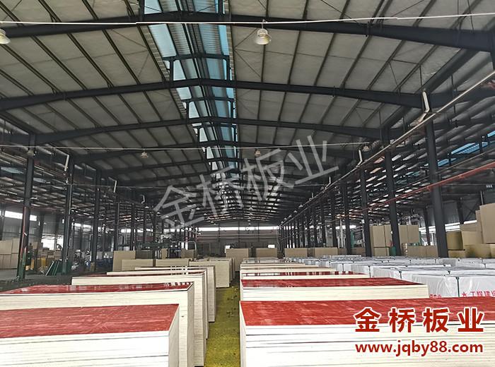 广东木模板价格是多少?常用木模板厚度有哪些?